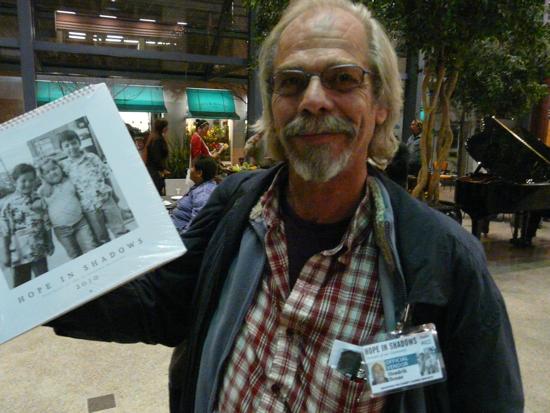 Hendrik Beune, Hope in the Shadow calendar vendor